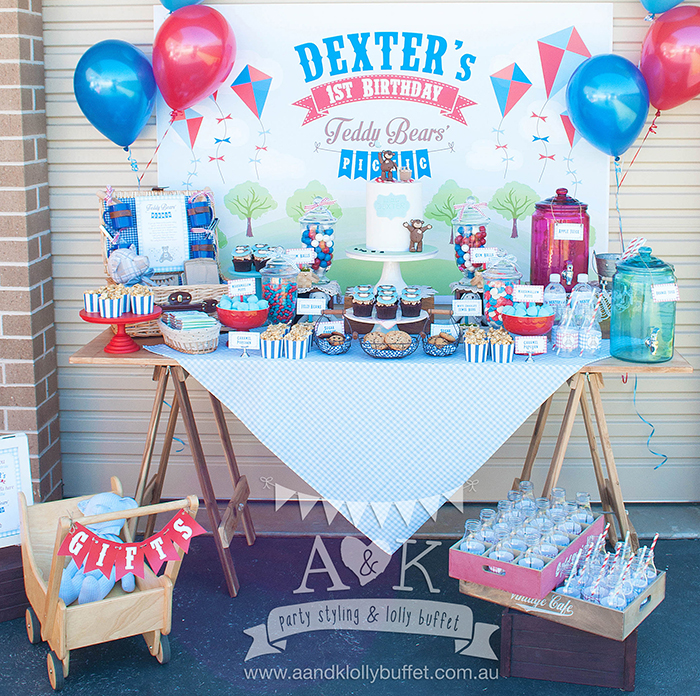 Dexter's Teddy Bears' Picnic First Birthday Party by A&K Lolly Buffet