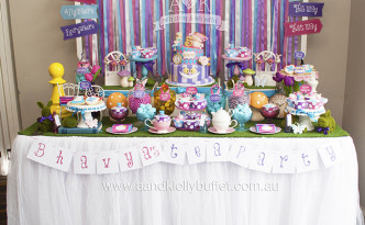 Bhavya's 5th Birthday Mad Hatter's Tea Party by A&K Lolly Buffet