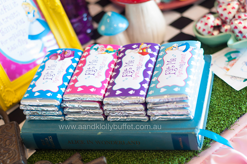 Myra's ONEderland by A&K Lolly Buffet